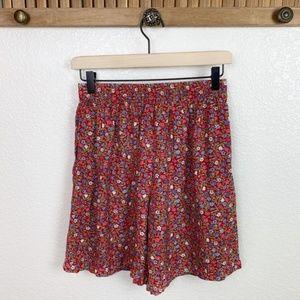 Vintage 90s Red Floral Wide Leg Elastic Shorts